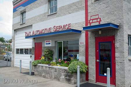 West seattle car repair mechanic Tom's Automotive